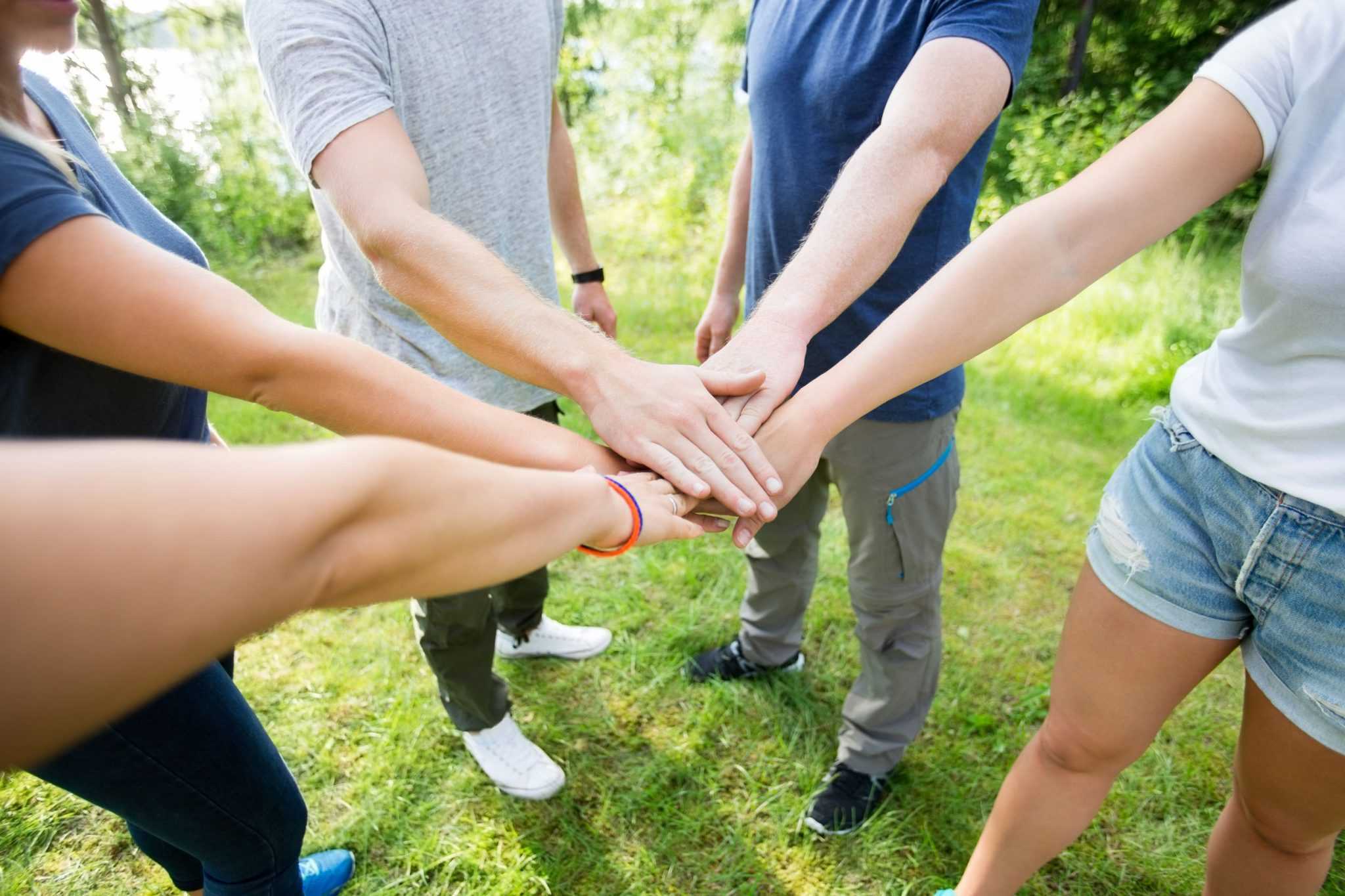 youth group games | Five Ways to Entertain Kids on a Youth Retreat | youth retreat games and entertainment | spring break youth retreat | Road To Heaven Game | Christian Board Game
